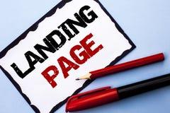 Begreppsmässig sida för landning för handhandstilvisning Website för affärsfototext som tas fram, genom att klicka en sammanlänkn Royaltyfri Foto