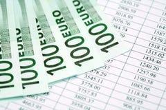 begreppsmässig valutaeuro för sedlar femtio fem tio Arkivfoton