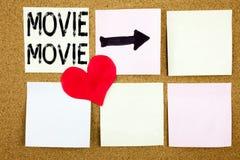 Begreppsmässigt begrepp för film för visning för inspiration för överskrift för handhandstiltext för underhållningfilmfilmen och  royaltyfri fotografi