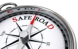 Begreppsmässig kompass för säker väg Arkivfoton