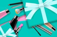 Begreppsonline-shoppingskönhetsmedel, sikt för bakgrund för gåvaaskar bästa Sale annonser, tidskrift eller katalogmalldesign på stock illustrationer