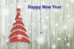 Begriffsbaum des neuen Jahres und des Weihnachten auf einem alten hölzernen Hintergrund Stockfotografie