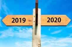 Begriffsbild des guten Rutsch ins Neue Jahr 2020 Stockbilder