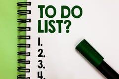 Begriffshandschrift, die darstellt, um Listen-Frage zu tun Geschäftsfoto Präsentationsreihe der Aufgabe getan zu werden organisie stockbilder