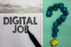 Begriffshandschrift, die Digital-Job zeigt Geschäftsfototext werden die Aufgabe bezahlt, die durch Internet und Personal-Computer lizenzfreies stockbild