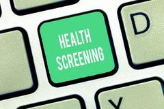 Begriffshandschrift, die Gesundheits-Siebung zeigt Geschäftsfototext visierte die systematische Aktion an, die entworfen war, um  lizenzfreie stockfotografie