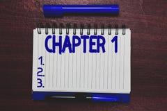 Begriffshandschrift, die Kapitel 1 zeigt Neue Inspiration Gelegenheit des Geschäftsfototext Anfangsod-Buchprojektgeschichtenerzäh stockfotos