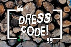 Begriffshandschrift, die Kleiderordnung zeigt Geschäftsfoto Präsentationsregeln von, was Sie und nicht zur Schule tragen können o stockfoto
