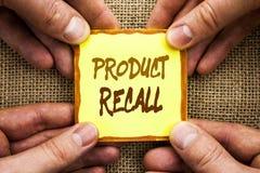 Begriffshandschrift, die Rückruf eines fehlerhaften Produktes zeigt Geschäftsfoto Präsentationsrückruf-Rückerstattungs-Rückkehr f stockfoto