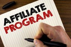 Begriffshandschrift, die Teilnehmer-Programm zeigt SOFTWARE-Linklieder apps Bücher des Geschäftsfotos verkaufen Präsentationsund  lizenzfreies stockfoto
