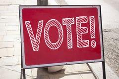 Begriffshandschrifttext-Titelinspiration, die Abstimmung zeigt Geschäftskonzept für die Abstimmungsstimme für die präsidentschaft Stockbilder