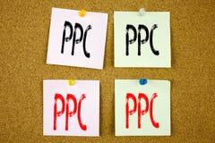 Begriffshandschrifttext-Titelinspiration, die PPC - Bezahlung-pro-Klick- Geschäftskonzept für Internet SEO Money auf der Farbe ze Lizenzfreies Stockbild