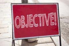 Begriffshandschrifttext-Titelinspiration, die Ziel zeigt Geschäftskonzept für unparteiisches neutrales abgetrenntes auf Tatsachen Stockbilder