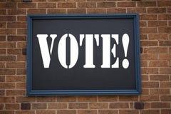 Begriffshandschrifttexttitel, der Mitteilung Abstimmung zeigt Geschäftskonzept für die Abstimmungsstimme für die präsidentschafts Lizenzfreie Stockfotografie