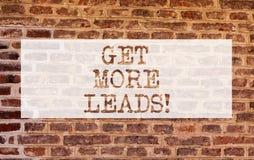 Begriffshandschriftvertretung erhalten mehr Führungen Die Geschäftsfotopräsentation suchen nach neuen Kundenkundennachfolgern stockfotografie
