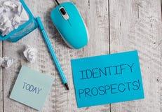 Begriffshandschriftvertretung identifizieren Aussichten Gesch?ftsfoto, das m?glicher Kunde idealen Kunden zuk?nftig zur Schau ste lizenzfreie stockfotos