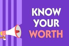 Begriffshandschriftvertretung kennen Ihren Wert Geschäftsfototext berücksichtigt persönlicher Wert verdientes Einkommensgehalt fö stockfoto
