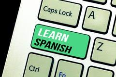Begriffshandschriftvertretung lernen Spanisch Geschäftsfototext Übersetzungs-Sprache in der Spanien-Vokabular-Dialekt-Rede stockfoto