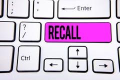Begriffshandschriftvertretung Rückruf Geschäftsfototext holen zurück zu dem Gedächtnis, welches die Rückkehr eines Person oder Pr stockbilder