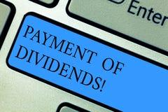 Begriffshandschriftvertretung Zahlung von Dividenden Geschäftsfoto Präsentationsverteilung von Gewinnen durch die Firma lizenzfreie stockfotografie