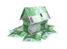 Das Häuschen gesetzt vom Euro Stockfotos