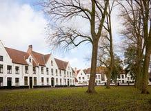 Beguinage en Brujas, Bélgica foto de archivo libre de regalías