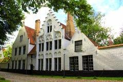 Beguinage klasztoru budynki Bruges Belgia Obrazy Royalty Free