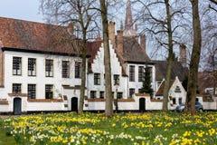 Beguinage van Brugge stock afbeeldingen