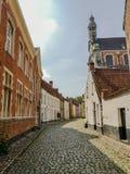 Beguinagen och den St Margaret `en s kyrktar i Lier, Belgien royaltyfria foton