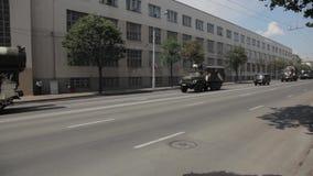 Behälter in der Stadt stock footage