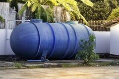 Behälter des Wassers Stockfotografie