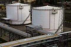 Behälter für Brennstoffe lizenzfreie stockfotos
