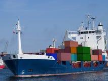 Behälter-Frachtschiff Lizenzfreie Stockfotos