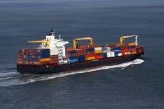 Behälter-Frachtschiff Stockfoto