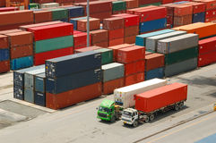 Behälter im Hafen bei Thailand Lizenzfreie Stockfotografie