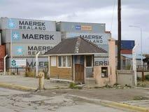 Behälter im Ushuaia-Hafen Stockfoto