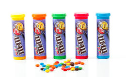 Behälter von M&M Minis Lizenzfreies Stockfoto