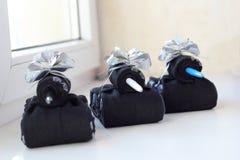 Behälter von Socken als Geschenk zu den Männern am 23. Februar Stockfotografie