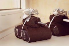 Behälter von Socken als Geschenk zu den Männern am 23. Februar Lizenzfreies Stockbild