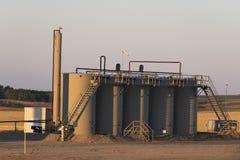 Behållare för en olje- lagring i North Dakota royaltyfri fotografi