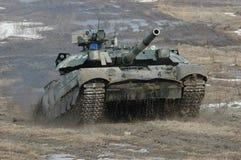 Behållare för huvudsaklig strid T-84 Oplot Arkivbild