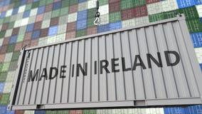 Behållare med GJORT I den IRLAND överskriften Turkisk släkt loopable animering för import eller för export arkivfilmer