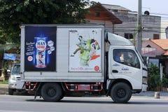 Behållarelastbil av det Durbell företaget Royaltyfria Bilder