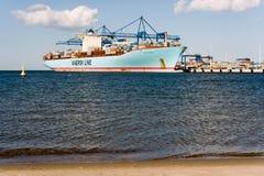 Behållareship Eleonora Maersk i Gdansk Polen Fotografering för Bildbyråer