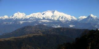 Behandelde de sneeuw zet Kangchenjunga, Himalayans op Stock Foto's