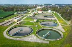 Behandelings van afvalwaterinstallatie Stock Afbeeldingen