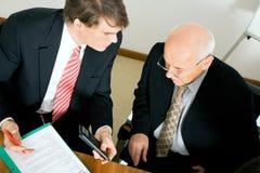 Behandeln eines Angebots Lizenzfreies Stockfoto