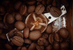 behandla för kaffekorn Royaltyfri Foto