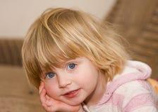 behandla som ett barn Royaltyfria Foton
