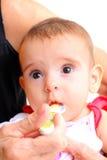 behandla som ett barn att äta Fotografering för Bildbyråer